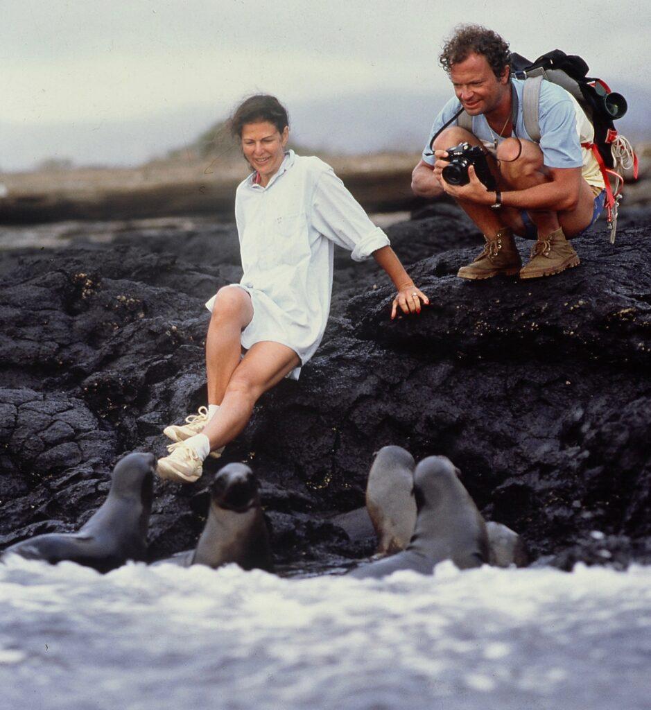 Drottning Silvia, kung Carl-Gustav på Galapagos 1986.